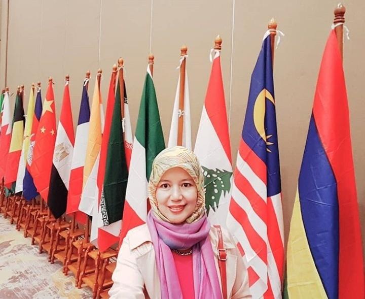 Euis Sunarti: Guru Besar Pertama di Indonesia dalam Bidang Ketahanan Keluarga